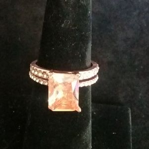 2pc. rose gold with cubic zarconia size 6,7,8